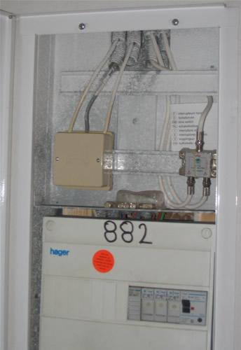 aduf voir le sujet r solu attention un condensateur est souvent bien cach. Black Bedroom Furniture Sets. Home Design Ideas
